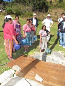 Women collecting water in Santa Apolonia, Chimaltenango.